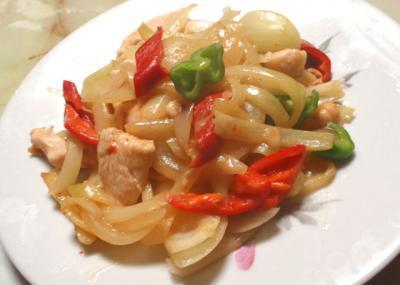 鶏と野菜のピリ辛炒め