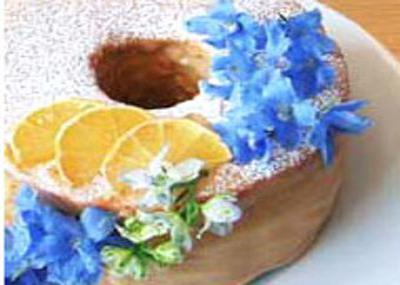 紅茶とお花のシフォンケーキ