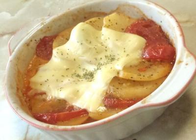 いもとトマトのハーブチーズ焼き