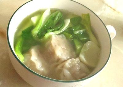 青梗菜としゅうまいの中華スープ