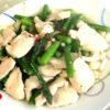 アスパラと鶏胸の塩炒め