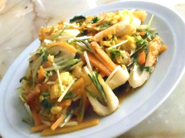 水菜と竹輪の卵炒め