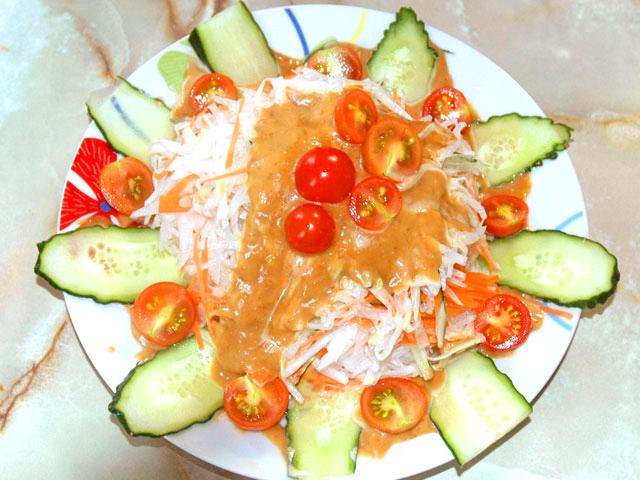 オイマヨの野菜サラダ