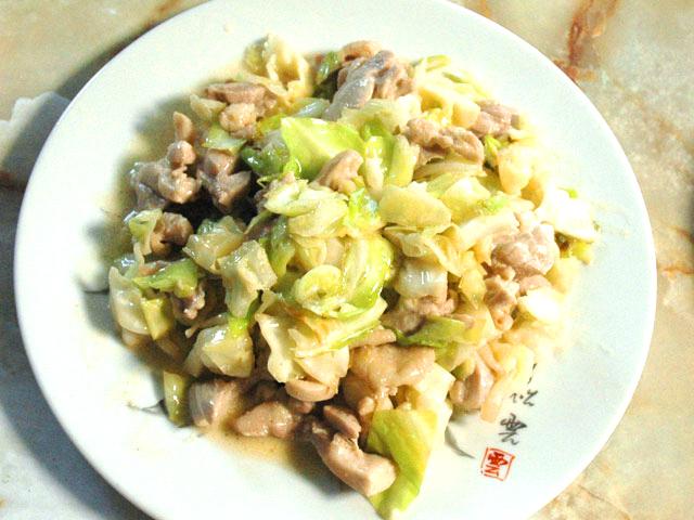 キャベツの柚子風味マヨ炒め
