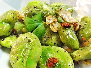つまみに最適!そら豆のピリ辛炒め:楽天レシピのすすめ