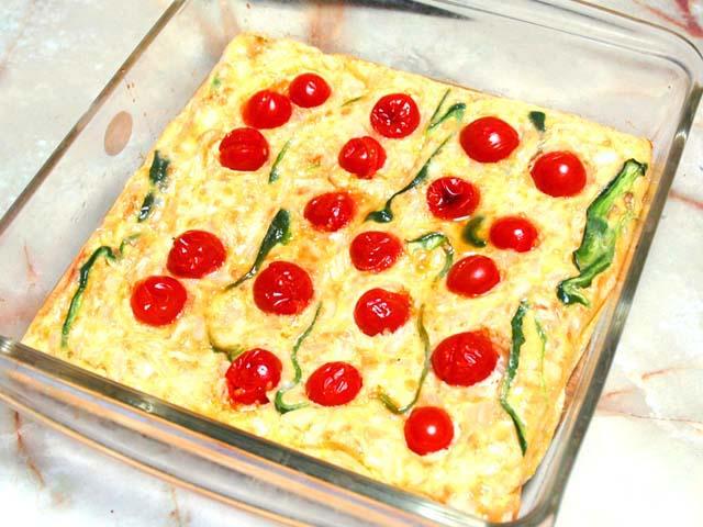 ミニトマトの大量消費に!オーブンでトマトオムレツ♪