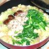 ラーメン用スープを使って!野菜たっぷりのもつ鍋♪