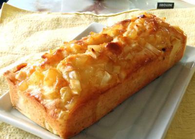 チーズとアップルのパウンドケーキ