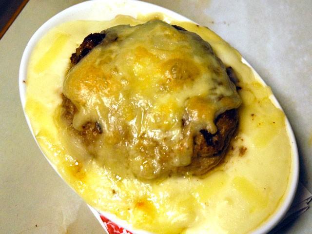 ハンバーグドリア:バターライス