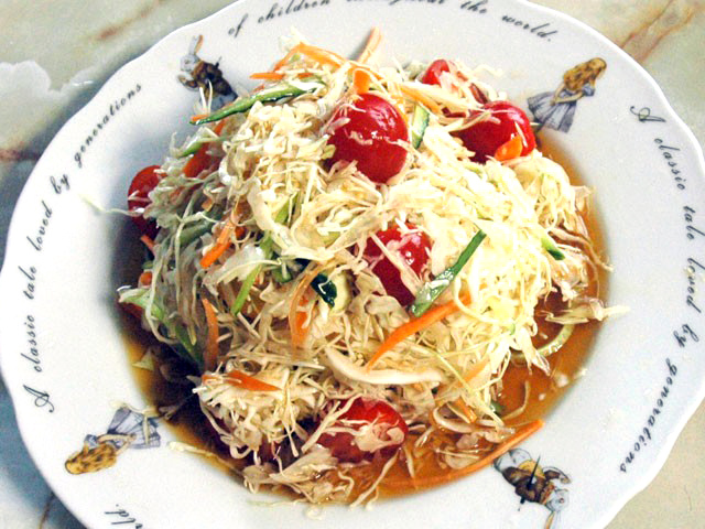 キャベツの冷やし中華風サラダ
