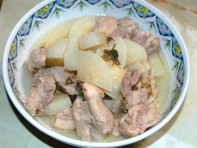 圧力鍋で時短!鶏肉と大根の旨塩煮込み♪