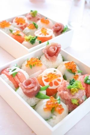 ひな祭りに*デコ手鞠寿司:楽天レシピのススメ