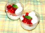 夏にぴったりのひんやりスイーツ!苺のミルクデザート