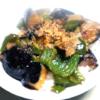 夏野菜で!レンジで完結!ナスとピーマンの麺つゆ丼♪